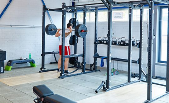 DenBosch_24_8.sportschool-fit-for-free-den-bosch-hammer-strenght